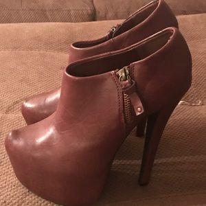 Platform high heel shorty boots